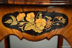 Napoleon III Work table with a floral marquetry, 19th c.