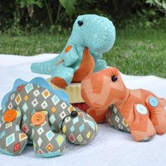 Delightful Dinos - found the site with the pattern!