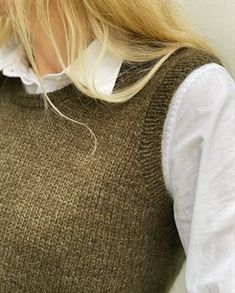 Ravelry: Stockholm Slipover pattern by PetiteKnit Knitting Projects, Knitting Patterns, Tweed, Ravelry, Harvey Girls, Raglan Pullover, Knit Vest Pattern, Bind Off, Stockinette
