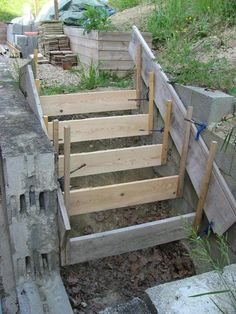 15 new ideas backyard patio concrete stairs Concrete Stairs, Concrete Patio, Garden Stairs, Garden Bridge, Patio Stairs, Backyard Patio, Backyard Landscaping, Outdoor Steps, Stairways