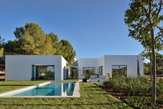 Housing complex developed by ÁBATON Architecture (Madrid, Spain) in collaboration with the London office of the architectur firm Woods Bagot, in the south of Alicante, Spain.