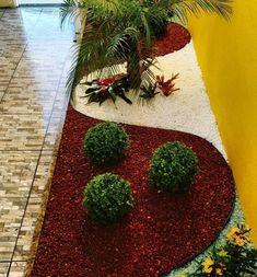 24 beautiful side yard and backyard gravel garden design ideas 21 Amazing Gardens, Beautiful Gardens, Gravel Garden, Indoor Garden, Zen Rock Garden, Plants Indoor, Garden Stones, Garden Plants, Design Jardin