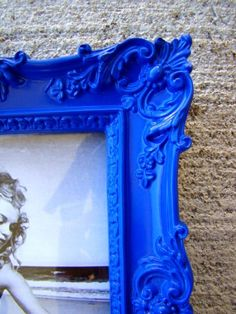We need to have ONE Big Pic frame that is the Blue color of your wedding to use as a photo prop in some of the pics....and also one big Silver