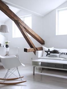new ideas home decored cozy apartment pillows Scandinavian Interior Design, Scandinavian Home, Home Interior Design, Interior Architecture, Cozy Living Rooms, Home Living Room, Living Room Designs, Living Spaces, Salons Cosy