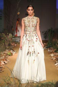 Amazon India Fashion Week Autumn/Winter 2015 - Day 2 - Samant Chauhan #AIFW…