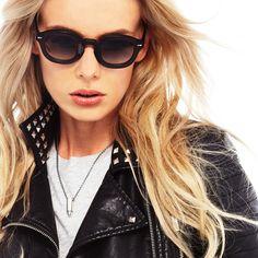 Ania is wearing Movitra 315 Cristal Black! #sunglasses #movitra #movitraspectacles