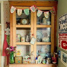 Corners of my home ... Lisa Loves Vintage