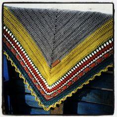 Sunday Shawl - crochet pattern from The Little Bee (photo credit @fiboozy) https://www.etsy.com/nz/listing/196313873/crochet-shawl-pattern-instant-download