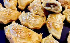 Pierożki pieczone w piekarniku z farszem z kapusty z grzybami,