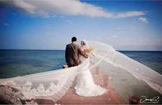 「wedding sea」の画像検索結果
