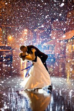 Dramatic winter wedding photo. Use that weather to your advantage! #winter #wedding #ideas