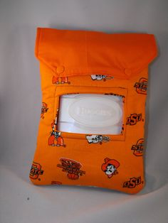 diaper clutch, snap closure, wipe opening on outside of clutch