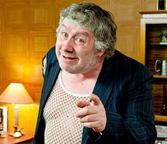 Gregor Fisher aka Rab C Nesbitt British Tv Comedies, Classic Comedies, British Comedy, Comedy Actors, Comedy Show, Tv Funny, Funny Men, Funny Pics, Funny Stuff