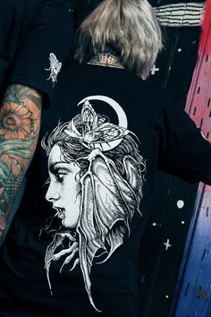 Rule the night with our Creature Of The Night Tee.  This blood sucking Stay Cold shirt comes with front back and sleeveprints.  It is inspired by vampire tales and designed by tattoo artist Daniel Baczewski. Creatures Of The Night, Tattoo Artists, Blood, Inspired, Tees, Shirt, Mens Tops, Inspiration, Collection