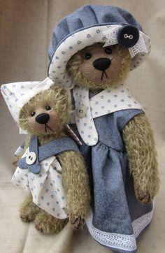 Cupboard Bears by Elizabeth Lloyd: Gallery