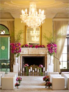 glamorous wedding ceremony | how to repurpose florals for ceremony | #weddingchicks