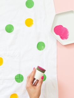 DIY Polka Dots  - Loving the pop of color added to this bathrobe! Click through for tutorial.