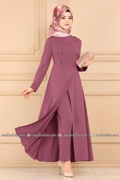 Pakistani Dresses Casual, Indian Fashion Dresses, Pakistani Dress Design, Girls Fashion Clothes, Designer Party Wear Dresses, Kurti Designs Party Wear, Maxi Dress With Sleeves, The Dress, Hijab Fashion 2016