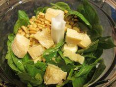 Bazsalikom pesto (Pesto genovese) receptje - Balkonada