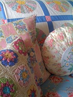 Gorgeous cushions & quilt