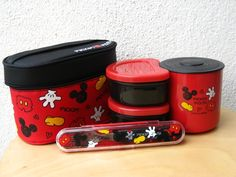 Mickey Mouse Thermal Bento Set Cozinha Do Mickey Mouse, Mickey Mouse House, Mickey Mouse Kitchen, Mickey Minnie Mouse, Casa Disney, Disney Rooms, Disney House, Disney Theme, Disney Fun