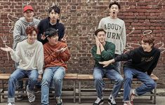 Family~ BTOB Hyunsik Btob, Yook Sungjae, Im Hyun Sik, Cube Entertainment, Kpop Boy, Pop Group, Singers, Pose, Idol
