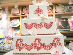 The most common wedding cakes designs are the ones which are liked by everybody. Enjoy some of the most amazing wedding cakes designs you may ever find. Cake Boss Wedding, Amazing Wedding Cakes, Unique Wedding Cakes, Wedding Cake Designs, Unique Weddings, Amazing Cakes, Types Of Wedding Cakes, Types Of Cakes, Art Cakes