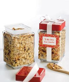 8 Easy Recipes for Homemade Holiday Gifts | Delicious, low-cost ideas for edible gifts, complete with creative wrapping and packaging suggestions from The Container Store®.