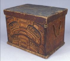 RRN - Items - Haida bentwood chests - The Burke: 1-1593 - Bentwood Chest | Lid