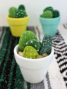 Hand Painted Mini Cactus - Office Desk - Ideas of Office Desk - The . Handwerk ualp , Hand Painted Mini Cactus - Office Desk - Ideas of Office Desk - The . Hand Painted Mini Cactus - Office Desk - Ideas of Office Desk Stone Crafts, Rock Crafts, Cute Crafts, Simple Crafts, Creative Crafts, Diy Kids Crafts, Easy Crafts To Sell, Budget Crafts, Diy Crafts Summer