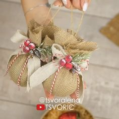These cute little Christmas ornaments are among the million amazing things you can create from jute!😍😍 By: decor diy videos DIY JUTE ORNAMENTS🎄🧡 Burlap Christmas Ornaments, Easy Christmas Decorations, Easy Christmas Crafts, Ball Ornaments, Diy Ornaments, Felt Christmas, Diy Christmas Wreaths, Diy Christmas Tree Decorations, Shabby Chic Christmas Ornaments