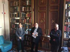 Arcadi Espada, Sergio Fidalgo y Tomás Guasch, durante la presentación del Grup de Periodistes Pi i Margall