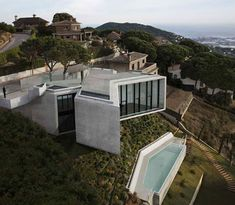 X-Shaped House Hangs Over Hillside in Barcelona | Designs & Ideas on Dornob