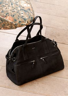 5367643ce987 Collection Automne - Maroquinerie Black Handbags, Handbags On Sale, Leather  Handbags, Fashion Bags