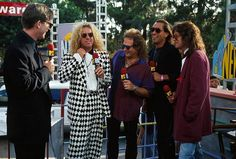 """Sept 1992 Van Halen takes home three MTV Video Music Awards for """"Right Now"""" including 'Video Of The Year. Van Halen 2, Eddy Van Halen, Rock N Roll Music, Rock And Roll, Mtv Video Music Award, Music Awards, Van Hagar, Best Guitarist, Fleetwood Mac"""