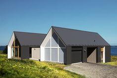 YH2-yiacouvakis-hamelin-architectes-les-jumelles-the-twins-house-caraquet-canada-designboom-09