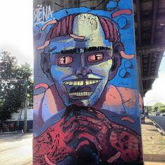 More details of the work, place and artist: http://streetartrio.com.br/artista/rena/compartilhado-por-streetartrio-em-sep-25-2013-1818/ / #rena #streetartrio #streetphotography #buildinggraffiti #graffitiart #art #streetart #handmade #street #graff #urban #wallart #spraypaint #aerosol #spray #wall #mural #murals #painting #arte #color #streetartistry #artist #grafiti #urbano #rue #guerillaart