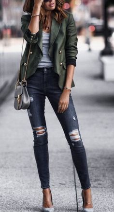 10 Most Affordable Clothing Websites You Didn't Know About! women's green and gray twinset Source by sevdaal The post 10 Most Affordable Clothing Websites You Didn't Know About! appeared first on Create Beauty. Fashion Mode, Love Fashion, Womens Fashion, Fashion Trends, Style Fashion, Green Fashion, Fashion Quiz, French Fashion, Fashion Ideas