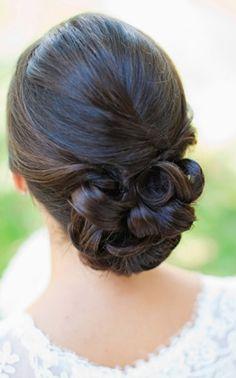 White and Gold Wedding. Bridesmaid Hair. Natural Hair. Wedding Hair-low bun by MariaDusterhoft