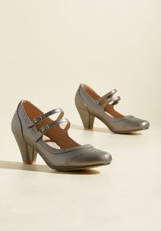 To Shoe It May Concern Mary Jane Heel in Pewter. We'd like to bring these silver heels to your attention, for we believe they're the perfect addition to your footwear collection! #silver #modcloth