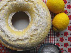 Bolo de claras com limão e baunilha... e uma semana de coração cheio! - http://gostinhos.com/bolo-de-claras-com-limao-e-baunilha-e-uma-semana-de-coracao-cheio/