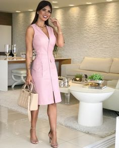 Vestidos Casuales Largos y Midi de Moda - Summer Tutorial and Ideas Casual Dresses, Short Dresses, Casual Outfits, Fashion Dresses, Dresses For Work, Look Office, Work Attire, Work Fashion, I Dress