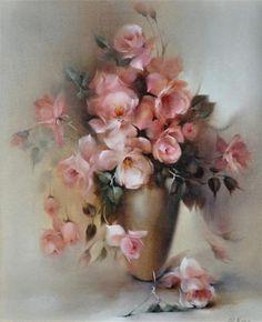 Художница из Австралии Jill Kirstein родилась в штате Новый Южный Уэльс. Более сорока лет назад Джилл приобрела известность, как аранжировщик цветов. А потом, вдруг, пришло желание писать маслом. Цветы. И не все цветы подряд, а именно розы