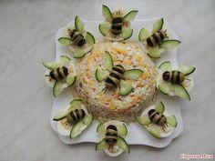 Food decoration - - food art - - Kochen - Home Cute Food, Good Food, Yummy Food, Food Garnishes, Garnishing, Food Platters, Meat Trays, Food Decoration, Food Crafts
