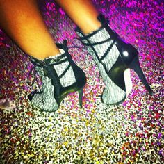 Silver booties on a neon glitter floor. Only during Fashion Week! Bootie Boots, Shoe Boots, Ankle Boots, Glitter Bathroom, Glitter Floor, Silver Boots, Glitz And Glam, Nike Huarache, Lanvin