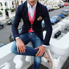 Fashion Crazy — If you don't have a blazer with an emblem get one.