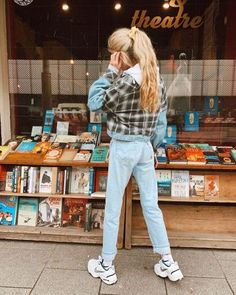 NIKE Air Monarch Sneakers of Olivia Frost on the Instagram account of Nike Outfits, Fall Outfits, Fashion Outfits, Nike Air Monarch, Dad Shoes, Teenage Outfits, Skate Style, Back To School Outfits, Cute Casual Outfits
