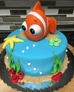 Small Finding Nemo Baby Shower Cake  #cakes #findingnemo #nemo #babyshower