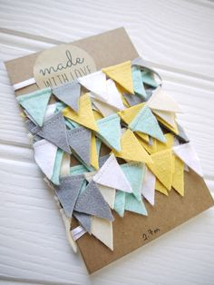Reusable The post Mini bunting grey yellow blue white felt garland. Reusable appeared first on Deco. Mini Bunting, Felt Bunting, Party Bunting, Bunting Garland, Felt Garland, Fabric Bunting, Diy Garland, Felt Ornaments, Blue Bunting