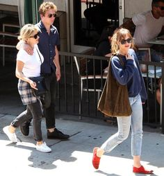 Dakota with Addison and Jeremy in L.A! Via Dakoholic twitter